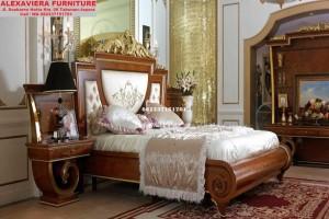 Set Tempat Tidur Luxury Klasik Eropa Unik SKT-029
