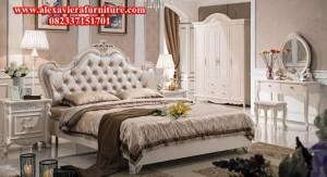set tempat tidur klasik kissa modern duco mewah jepara model terbaru skt-105