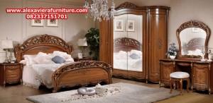 model set tempat tidur klasik terbaru mewah ukiran jepara jati modern skt-136