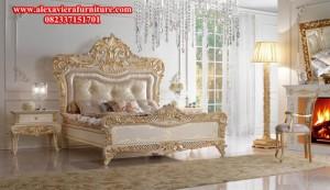 model set tempat tidur mewah klasik royal ukiran jepara desain eropa terbaru skt-130