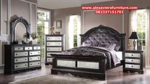 model set kamar tidur terbaru klasik hitam mewah elegant skt-143