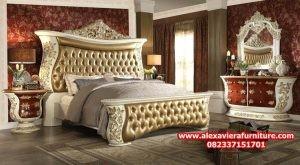 set tempat kamar tidur model klasik mewah eropa terbaru skt-153